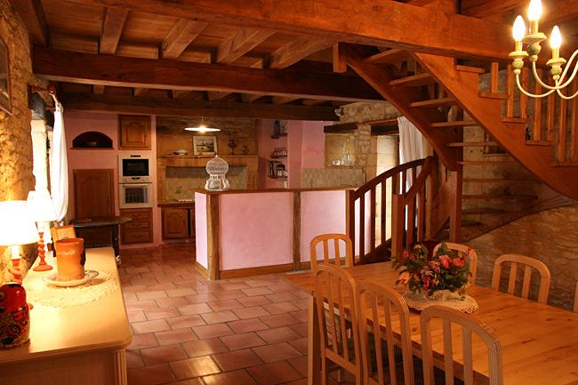 La Grange du Mas Les Eyzies Périgord Noir gîte location cuisine